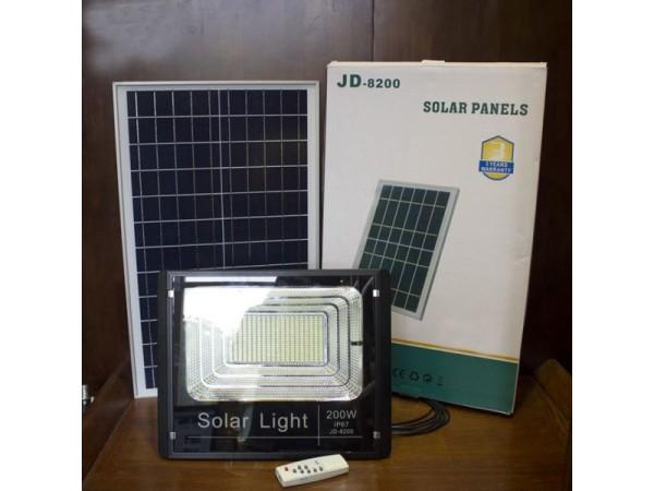 Đèn pha năng lượng mặt trời 200W IP67